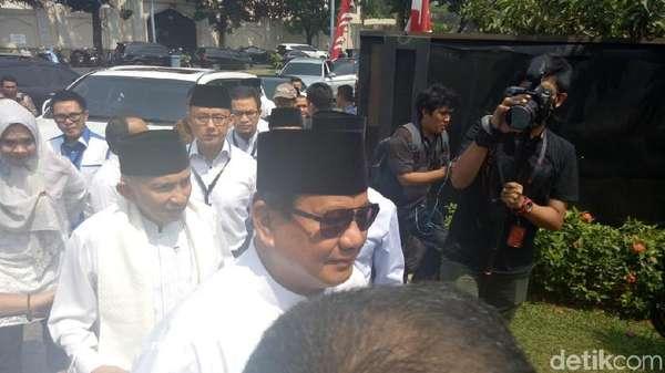 Prabowo Antar Dokumen Pencapresan ke SBY, PD Resmi Beri Dukungan