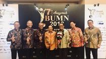Bos Inalum Raih Penghargaan CEO Visioner BUMN