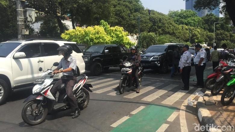 Lalin KPU Arah Menteng Dibuka Lagi Usai Jokowi Daftar Capres