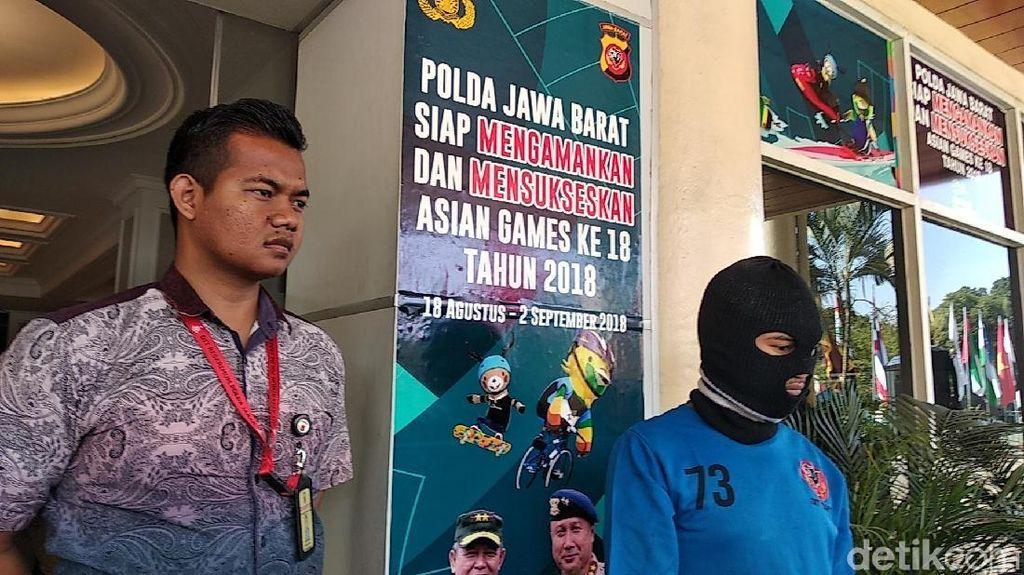 Pria Bintang Porno Bandung Sebar Video Mesum ke Teman Korban