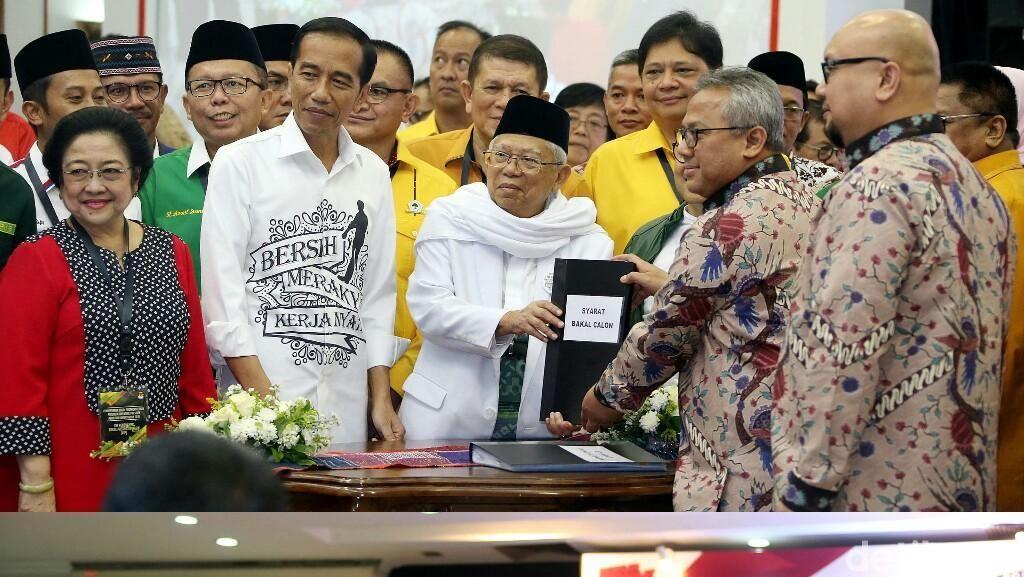 LSI Denny JA: Jokowi-Ma'ruf 52,2%, Prabowo-Sandi 29,5%