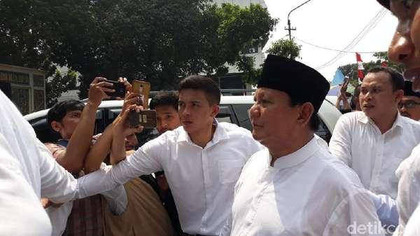 Daftar Pilpres, Prabowo-Sandiaga Tiba di KPU