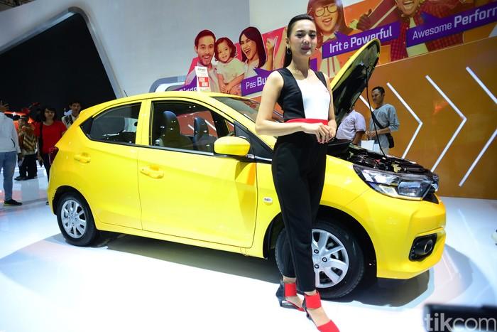 SPG GIIAS 2018 di Booth Honda yang Jaga Honda Brio