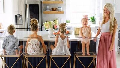 7 Ide Foto Bareng Anak yang Unik dan Keren