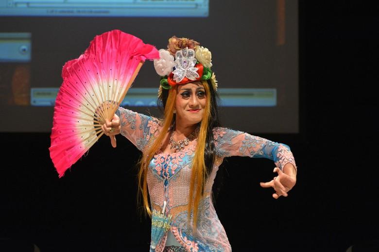 Didik Nini Thowok Berbagi Sejarah Tradisi Lintas Gender di SIPFest 2018 Foto: Komunitas Salihara/Witjak Widhi Cahya