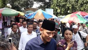 Siap Antar Prabowo ke KPU, AHY-Ibas Ikut Salat Jumat di Sunda Kelapa