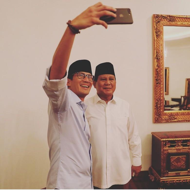 Gerindra Tak Pusing Prabowo-Sandi Tertinggal di 3 Survei Pilpres