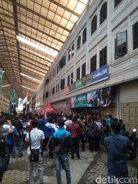 Massa Driver GoCar di Medan Demo Kantor Gojek
