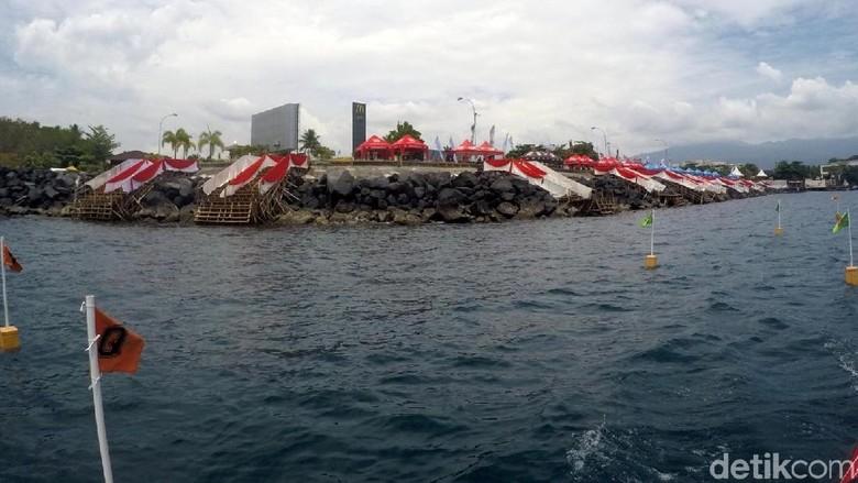 Foto: Pantai Manado kawasan Mega Mas (Bonauli/detikTravel)
