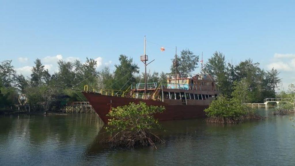 Mangrove Park di Negeri Laskar Pelangi