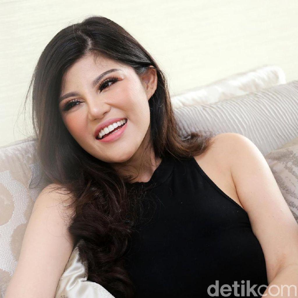 Dita Soedarjo Ungkap Detail Pernikahan dengan Denny Sumargo