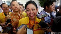 Titiek Soeharto Tembak Jokowi, Timses Membentengi