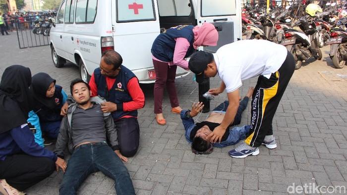 Kenali beda pingsan karena kelelahan atau serangan stroke. (Foto ilustrasi: Suparno/detikSport)