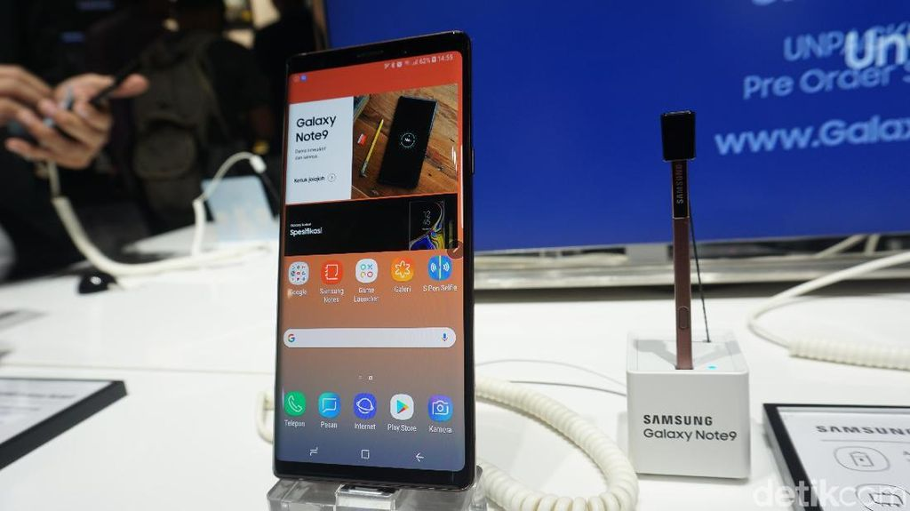 Galaxy Note 9, Bongsor tapi Nyaman Digenggam