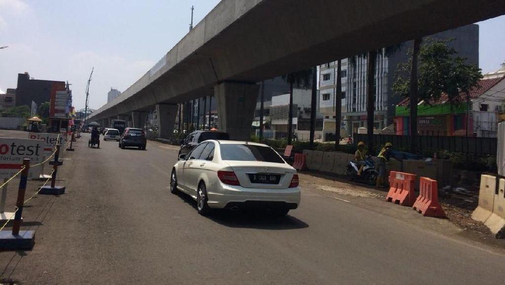 Jadwal Operasi Diundur, Begini Progres Pembangunan LRT Jakarta