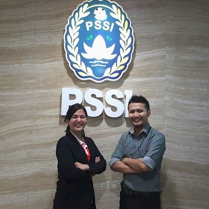 Anak pertama Mahfud MD adalah Muhammad Ikhwan Zein, ia adalah dokter spesialis kedokteran olahraga yang juga menjadi komite medis Persatuan Sepakbola Seluruh Indonesia (PSSI) 2016-2020. (Foto: Instagram/doc_ikhwan)
