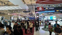 Kata Ahok Leasing Mobil China Masih Susah