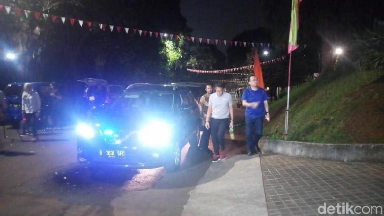 Sandiaga Uno Sambangi Rumah Sutrisno Bachir