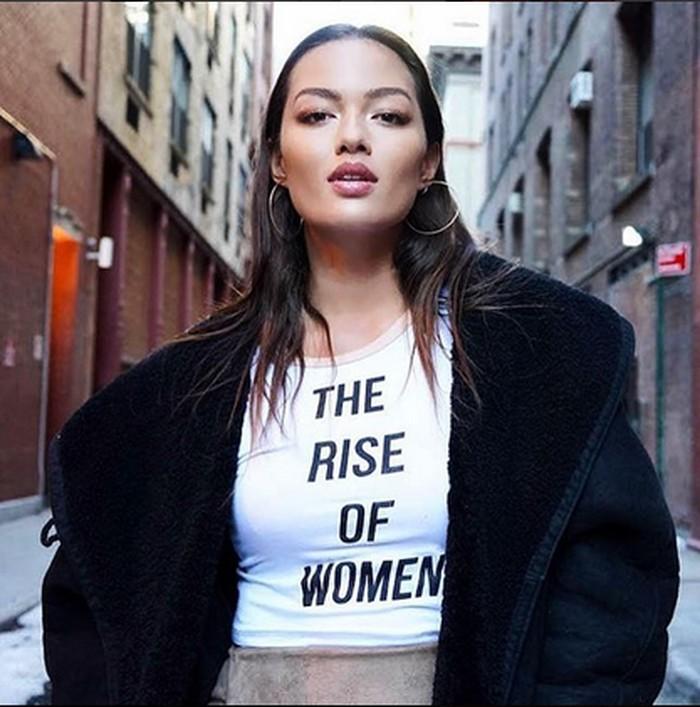 Nama Mia Kang dikenal sebagai model dari merek-merek tersohor dari New York. Foto: Instagram