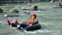 Foto: River Tubing Seru di Ciamis, Berani Coba?