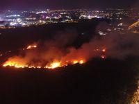 Kebakaran lahan dekat apartemen atlet di Jakabaring