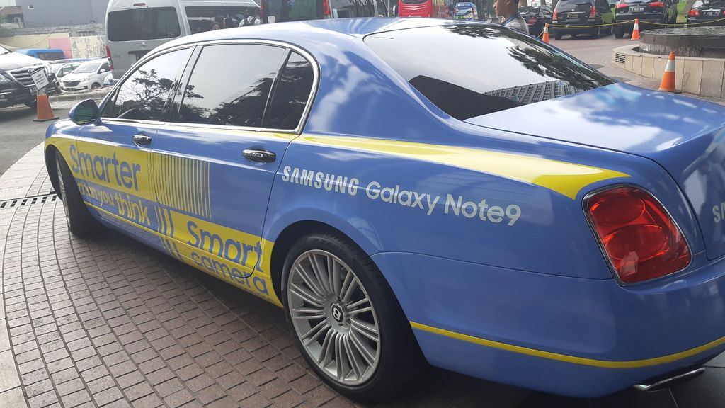 detikINET dijemput menggunakan mobil super Bentley Continental. (Foto: detikINET/Virgina Maulita Putri)