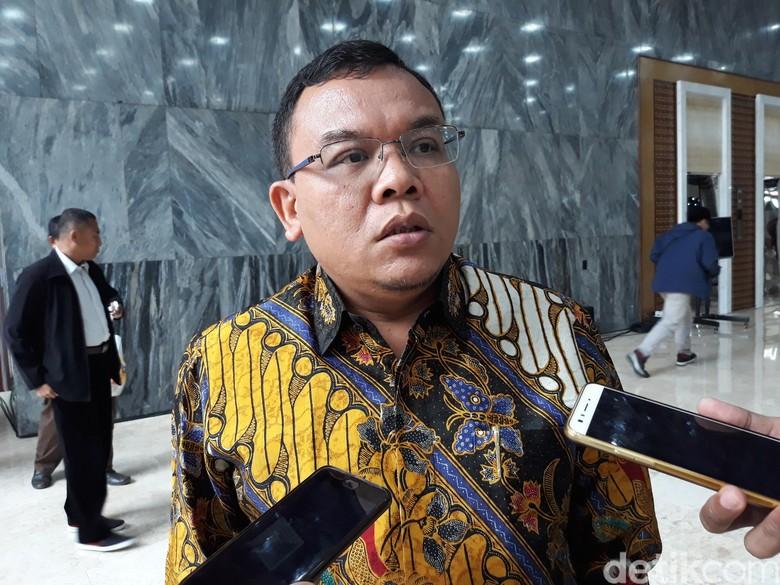 PAN soal Prabowo Ungkap Strategi Zulkifli Turunkan Ahok: Biasa Saja