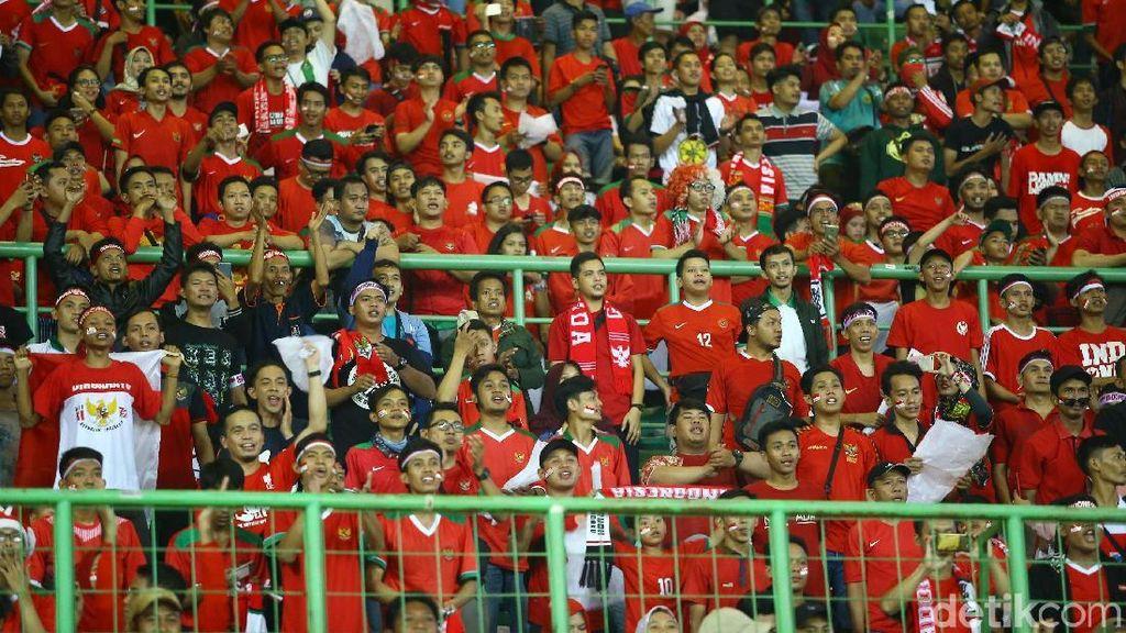 Video: Saat Suporter Indonesia Beri Dukungan untuk Palestina