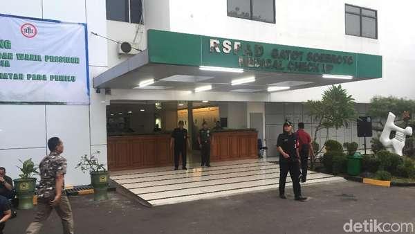 Jelang Tes Kesehatan Capres-Cawapres, RSPAD Dijaga TNI-Polri