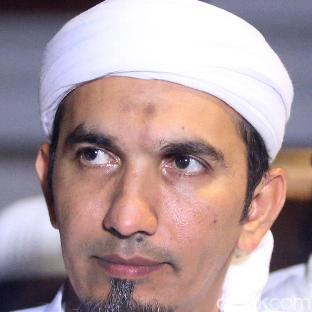 Di Munajat 212, Ketum FPI Bicara Soal Kasus Habib Bahar hingga Ahmad Dhani