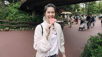 Intip Momen Kulineran Keluarga Harmonis si Cantik Laura Basuki