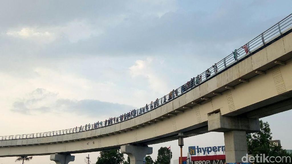 Kemenhub hingga KAI Buka-bukaan soal LRT Palembang Mogok