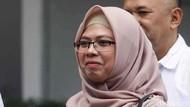 Gaya Putri Maruf Amin Antar Ayahnya Tes Kesehatan di RSPAD