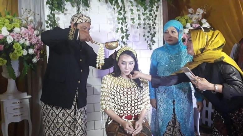 Usai Menikah, Rio Reifan akan Tinggal di Rumah Mertua Foto: Mahardian Prawira Bhisma