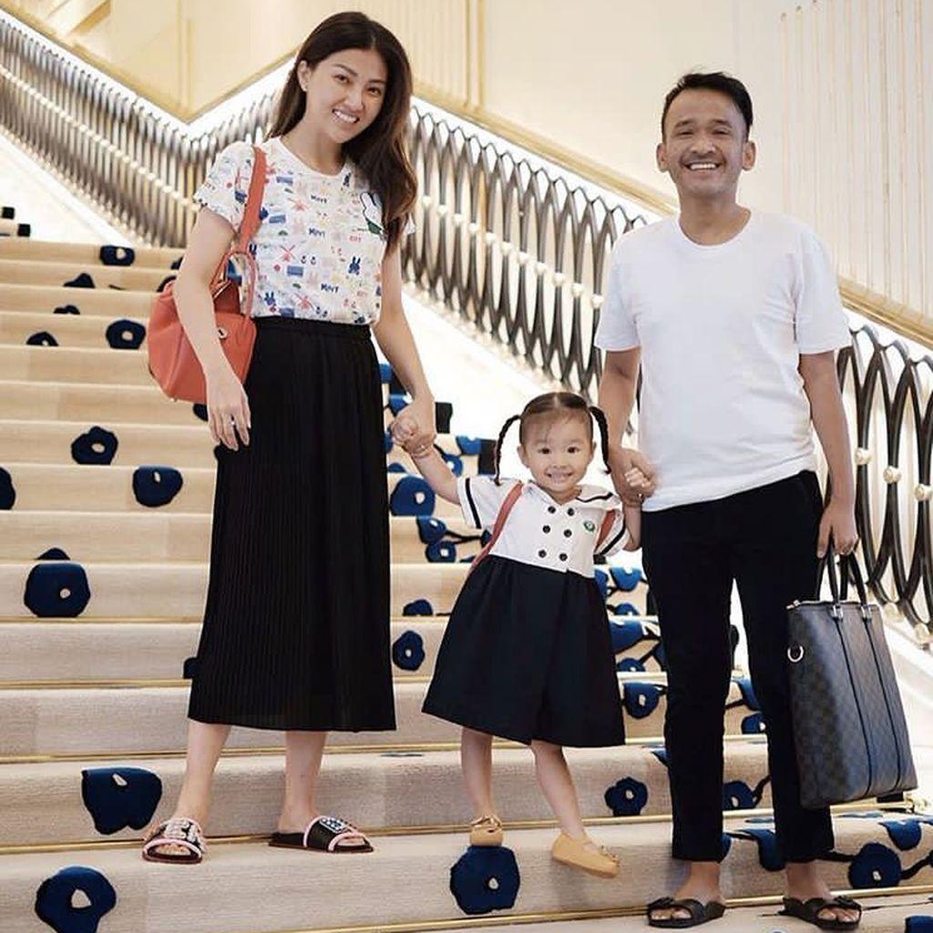 Lihat Ular Besar di Rumah, Putri Ruben Onsu Menjerit