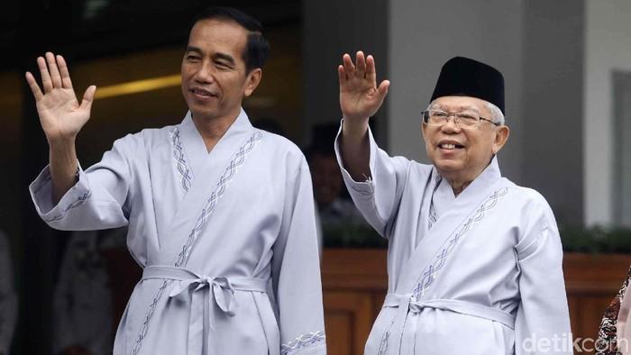 Pasangan bakal capres-cawapres, Jokowi dan KH Maruf Amin melaksanakan tes kesehatan di RSPAD, Jakarta, Minggu (12/8/2018). Foto: Pradita Utama/detikcom