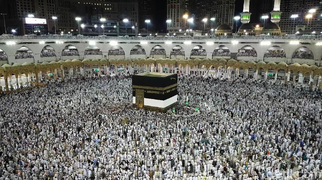Arab Saudi Larang Istilah Wisata Religi, HIMPUH: Nggak Ngaruh