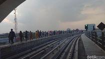 Kereta LRT Palembang Mogok Lagi, Penumpang Panik dan Menangis
