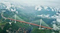 Video Jembatan Tertinggi di China Beroperasi Awal 2020