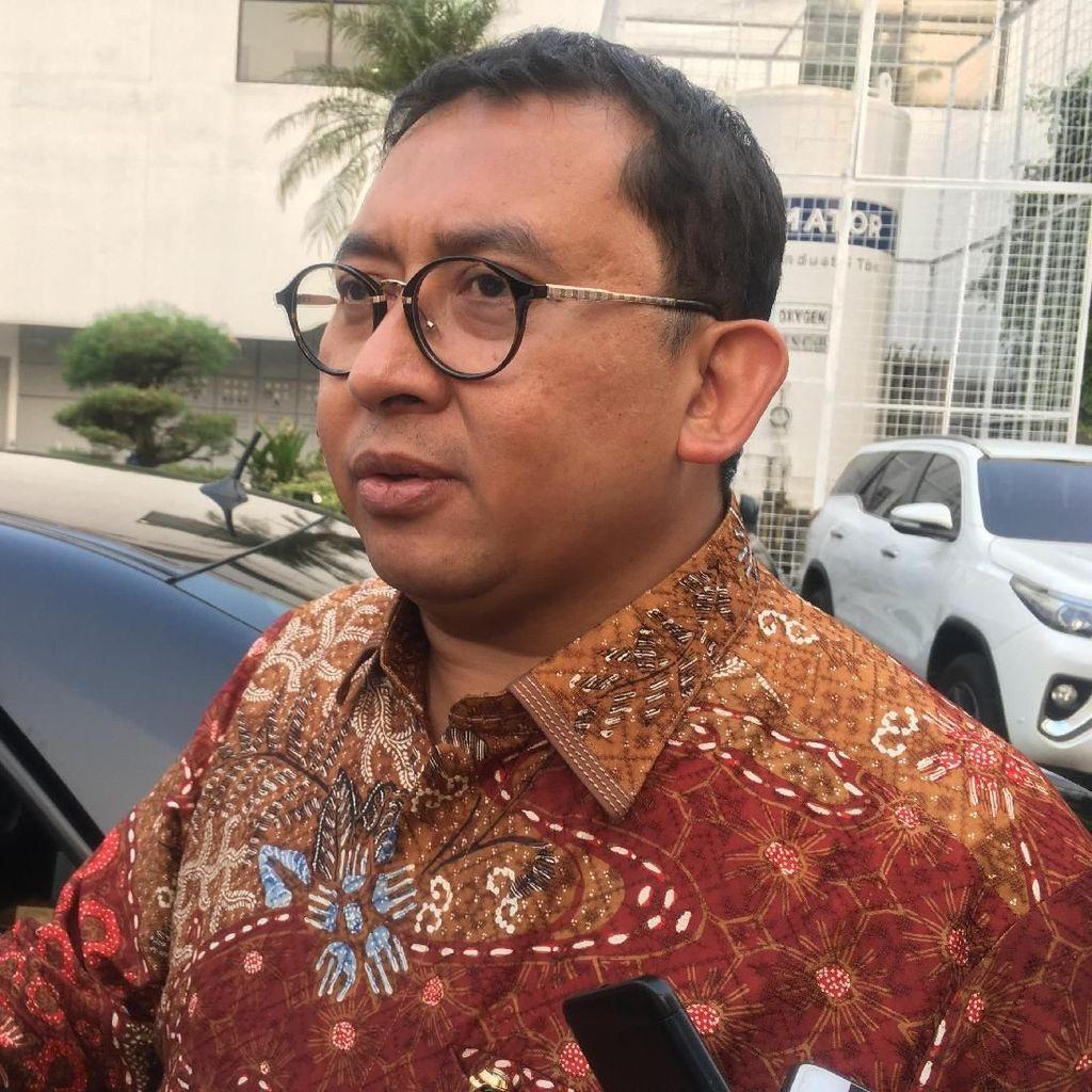 Fadli Zon Kritik Istana karena Diundang Pelantikan KSAD Via WA