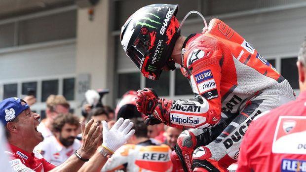 Jorge Lorenzo baru bisa mendapatkan level terbaik bersama Ducati ketika hubungannya dengan tim tersebut sudah dingin.