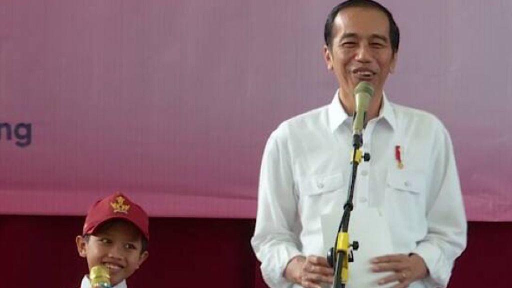 Jokowi Pamer Angka Pengangguran Turun di Sidang MPR