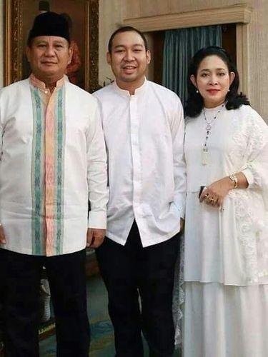 Didit bersama kedua orangtuanya, Prabowo dan Titiek Soeharto.