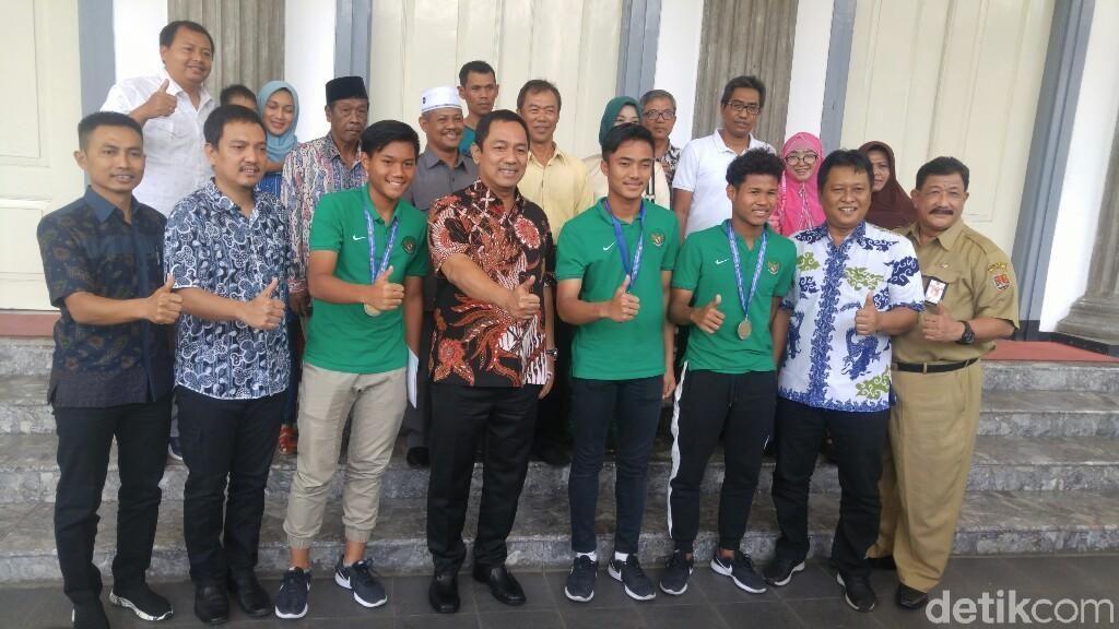 Ketika Pemain Timnas U-16 Berbagi Cerita dengan Wali Kota Semarang