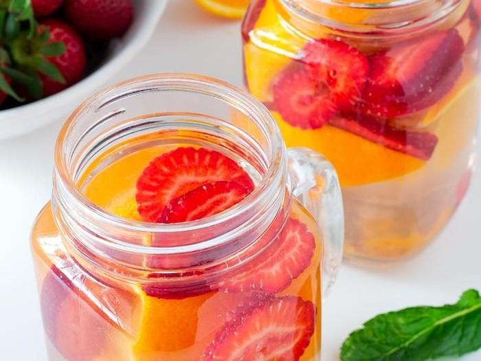 11 Resep Infused Water Sederhana yang Sehat dan Menyegarkan Foto: Istimewa