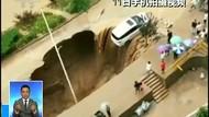 Dahsyatnya Longsor dan Lubang Raksasa di China Akibat Banjir