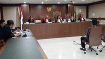 Perantara Suap Bupati HST Divonis 4,5 Tahun Penjara