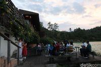 Restoran di sisi danau (Bonauli/detikTravel)