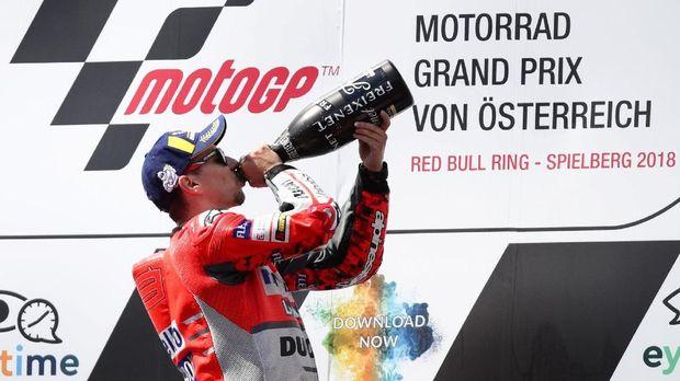 Jorge Lorenzo dan Marc Marquez bisa menghadirkan rivalitas panas di kubu Honda musim depan.