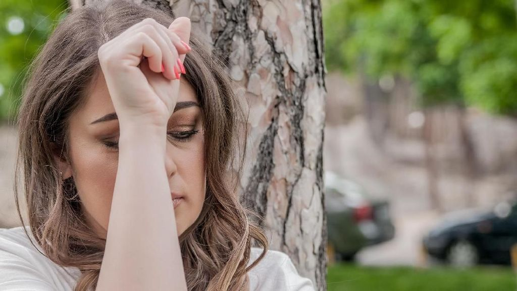 Saran Psikolog Menghadapi Anggota Keluarga yang Sedang Baby Blues